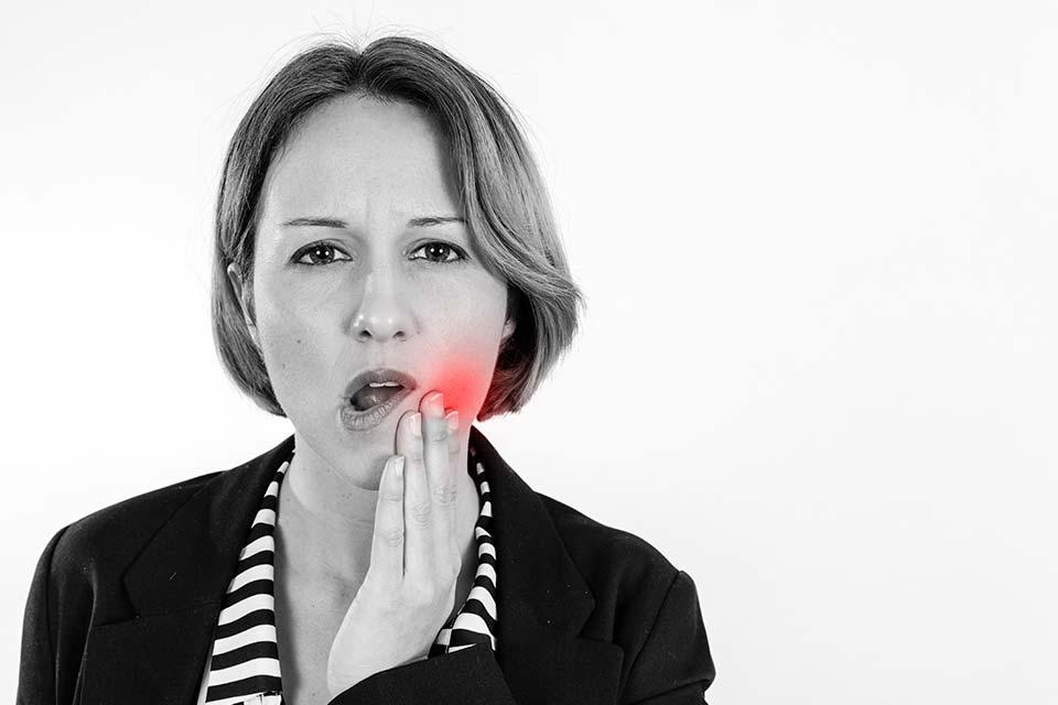 Me Sangran Las Encías: Gingivitis Y Periodontitis